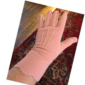 40's mauve cotton day gloves scalloped flare tops